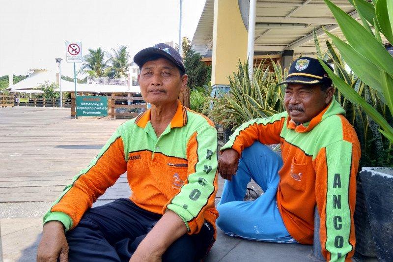 Pencurian jadi tantangan restorasi kerang hijau di Ancol
