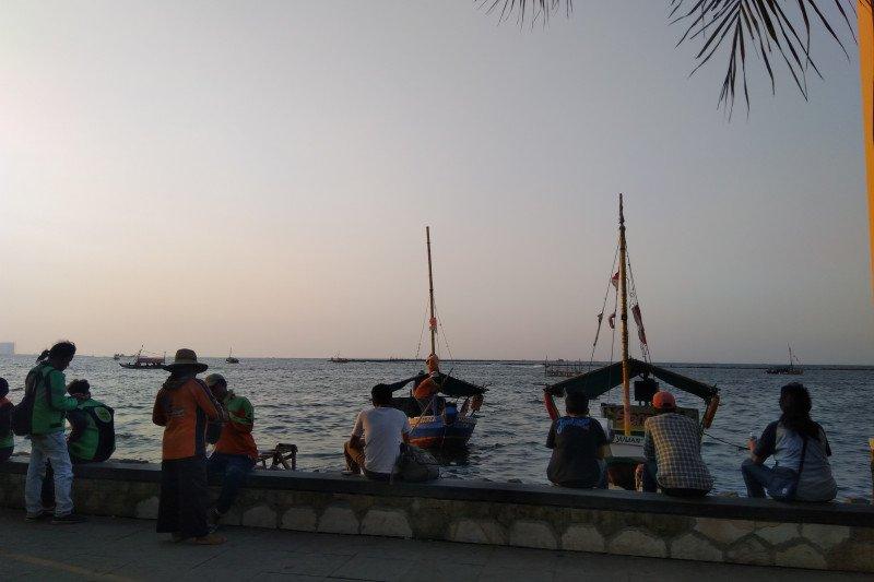 Semilir angin Pantai Ancol yang bikin betah