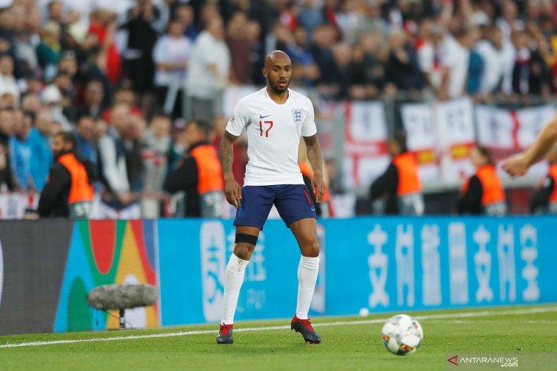 Fabian Delph absen bela Inggris lantaran alami cedera