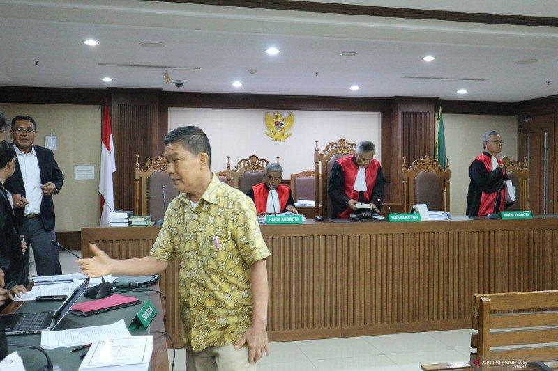Pelaksana tugas Kadis PU Pegunungan Arfak dituntut 2 tahun penjara
