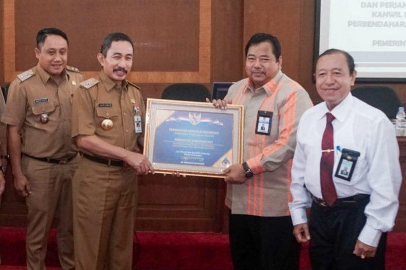 Kabupaten Pati terima penghargaan WTP