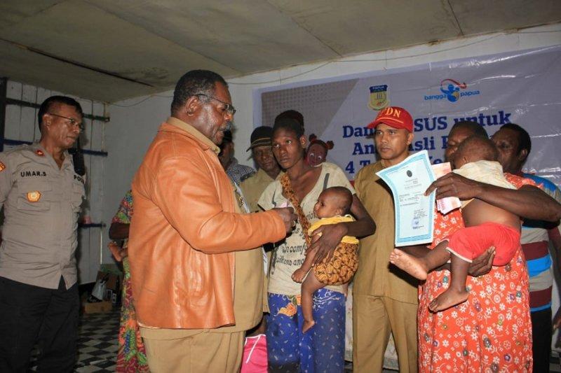 Bupati Asmat buka penyaluran dana Bangga Papua 2019