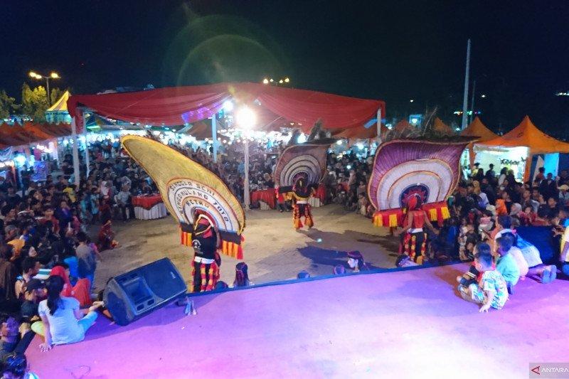Kesenian Reog ramaikan Metro Jong Festival