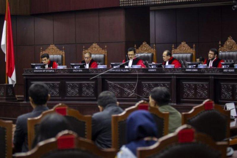 Sidang pengujian UU Otsus Papua di MK