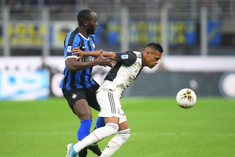 Inter kalahkan Sassuolo dengan skor 4-3