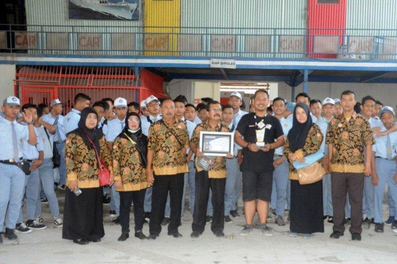 "SMK Purwodadi Grobogan ""ngluruk"" ke Autometallic Bali"