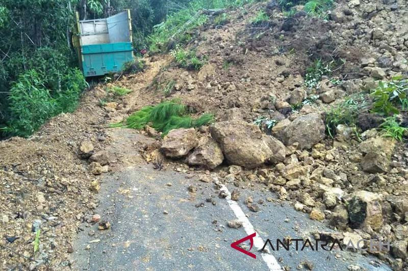 BPBD  imbau masyarakat waspadai longsor di  musim hujan