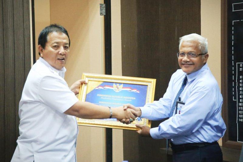 Gubernur Lampung dapat penghargaan dari Menteri Keuangan Sri Mulyani