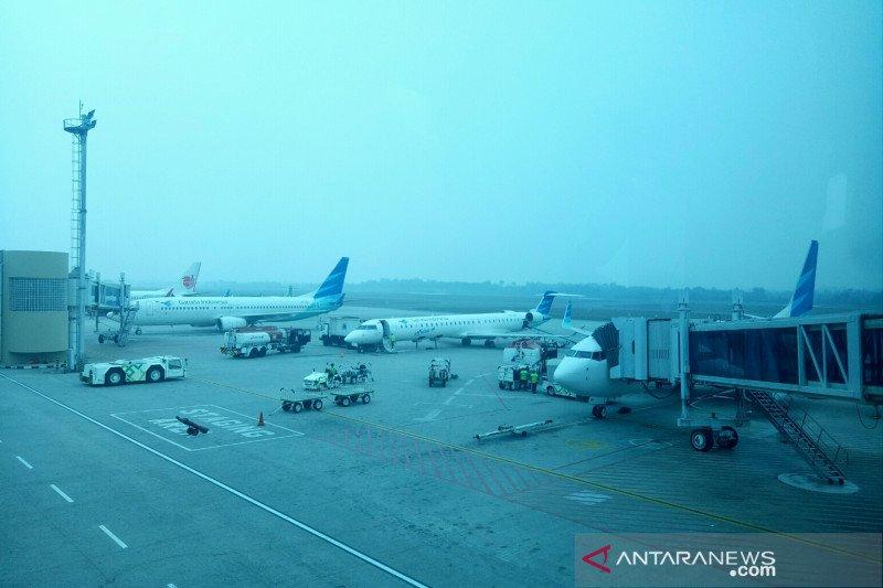 Jarak pandang di Bandara SMB II Palembang 50 meter