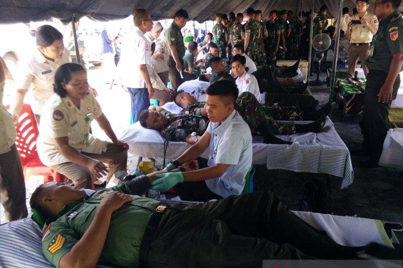 Personel TNI-Polri antusias ikuti bakti sosial donor darah