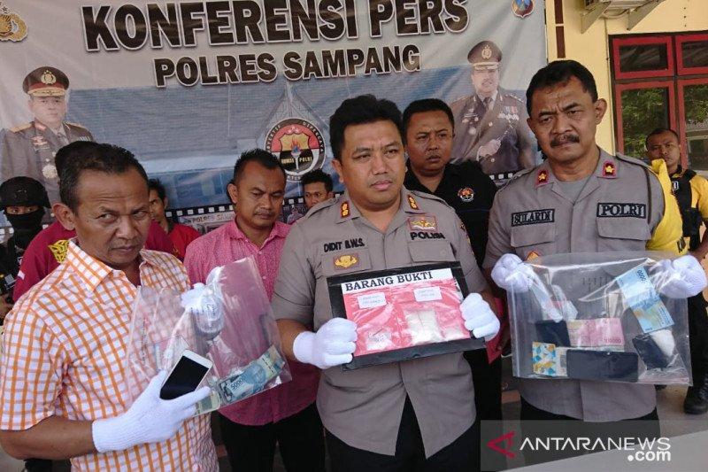 Polres Sampang tangkap lima tersangka pengedar sabu-sabu