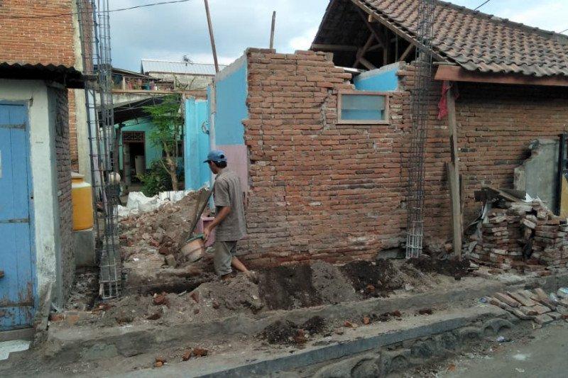 Progres perbaikan rumah korban gempa Mataram capai 85 persen