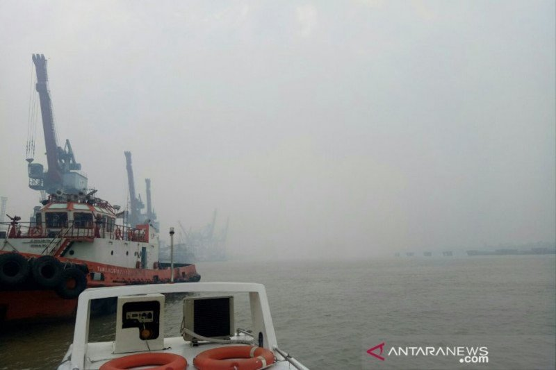 Kabut asap di Palembang  kembali pekat