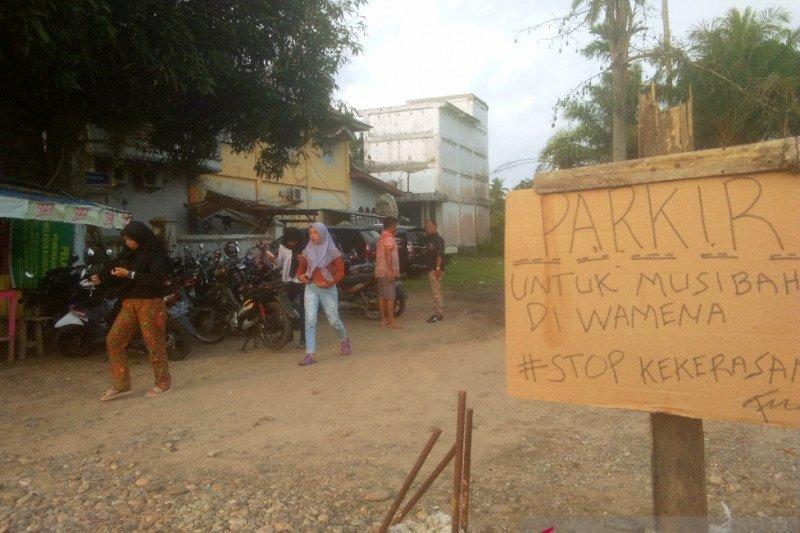 Tukang parkir sumbangkan pendapatan bantu korban Wamena