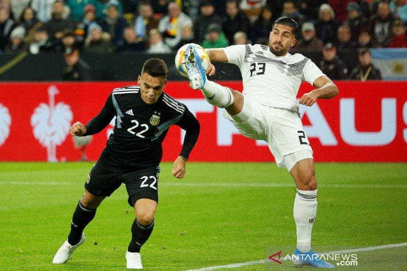 Jerman vs Argentina bermain 2-2