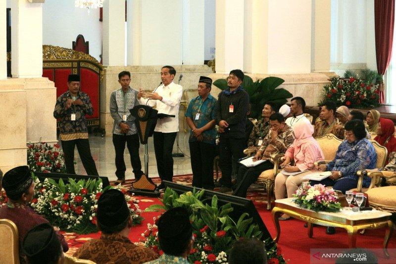 Jokowi minta pertemuan rutin dengan petani bahas perhutanan sosial