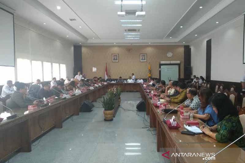 Kader PDIP pimpin semua komisi di DPRD Kalteng