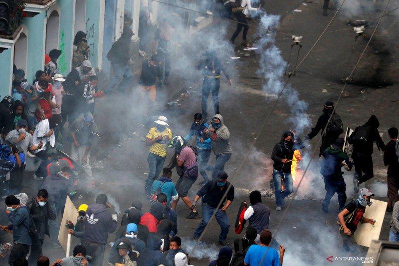Meksiko menawarkan perlindungan untuk oposisi Ekuador