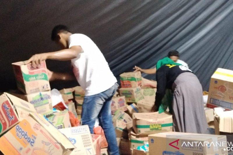Posko tanggap darurat gempa Desa Liang kekurangan terpal