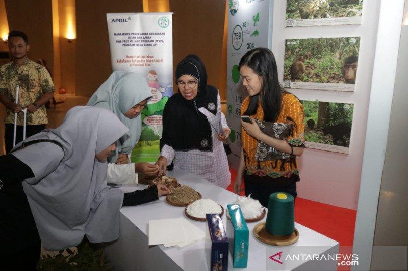 APRIL Group ikut ramaikan Festival Kabupaten Lestari II di Siak