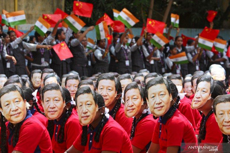 Presiden Xi Jinping ke India di tengah protes Tibet