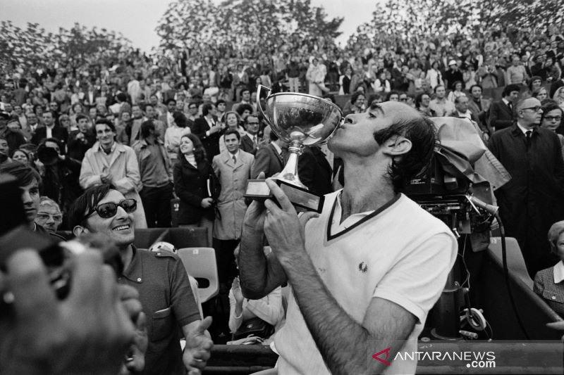 Juara tertua Roland Garros di era modern, Andres meninggal