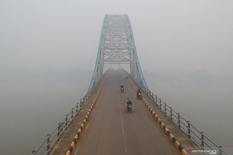 Kabut asap selimuti Tanjungjabung Timur, Jambi.