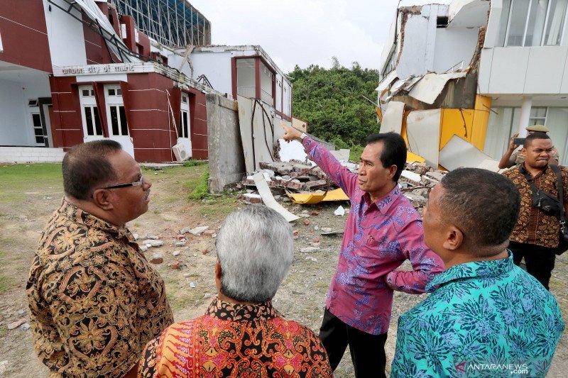 Pemkot Ambon data korban gempa