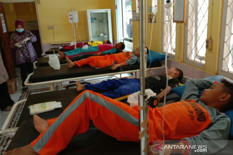 Lima siswa keracunan umbi gadung di Jabar dirawat intensif