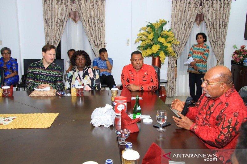 Gubernur apresiasi universitas di AS beri beasiswa mahasiswa Papua
