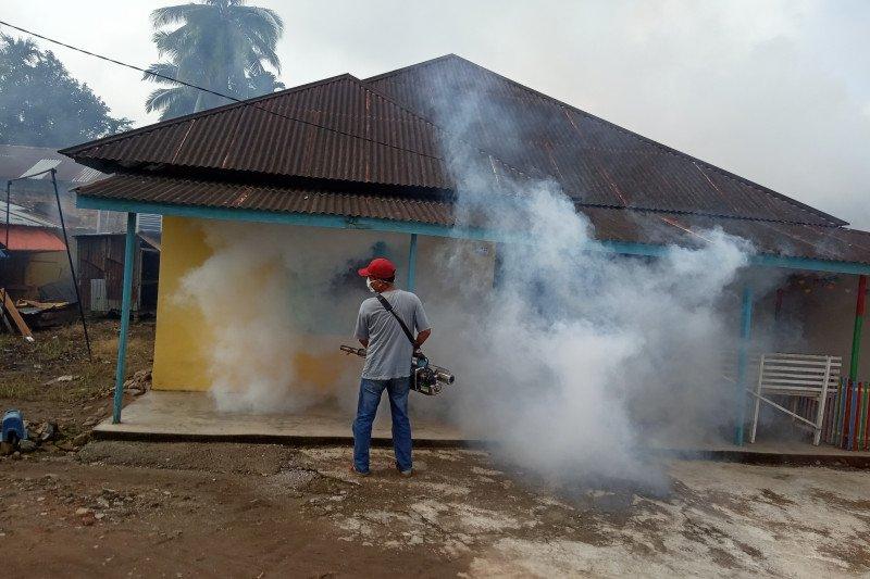 Dinkes Agam fogging kawasan perumahan korban DBD meninggal dunia