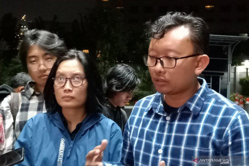 Jokowi didesak turun tangan evaluasi kinerja polisi tangani demo