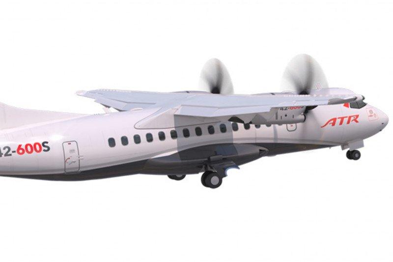 Pesawat baru ATR hanya butuh landasan 800 meter