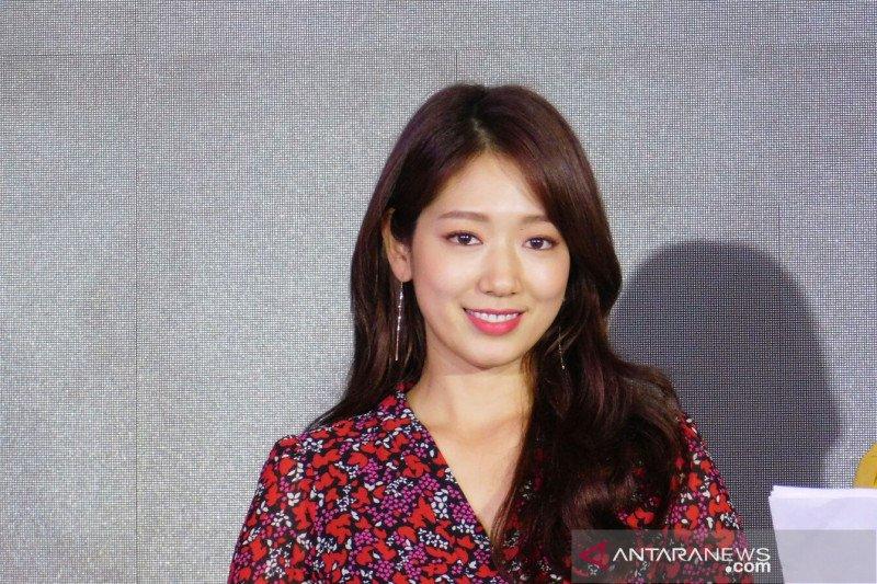 Park Shin-hye janjikan gelar jumpa penggemar