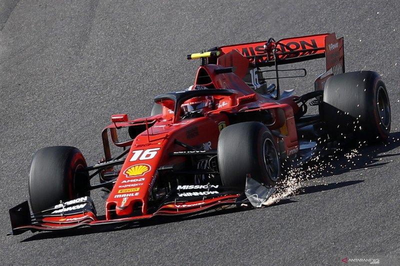 Gagal finis di GP Jepang, Verstappen salahkan Leclerc usai tabrakan