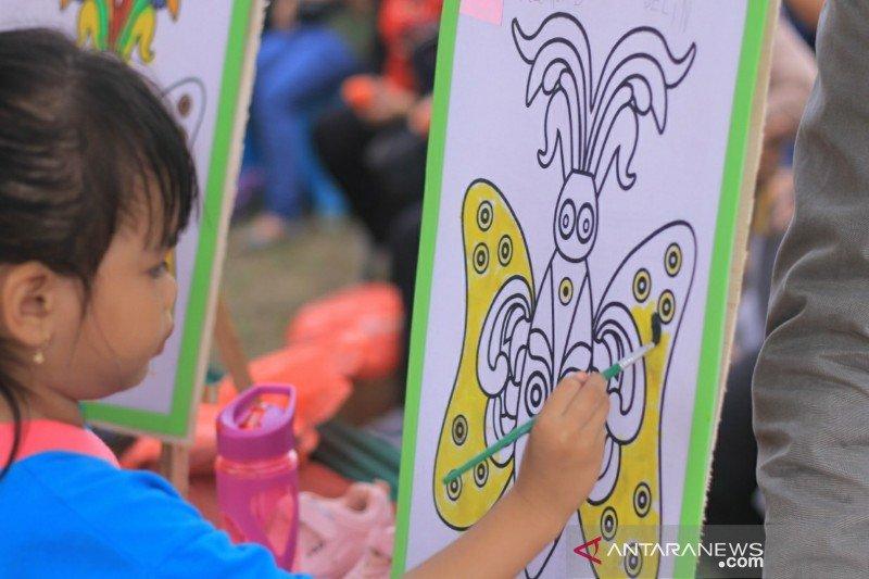 Tanamkan cinta seni dan budaya kepada anak melalui Festival Babukung 2019