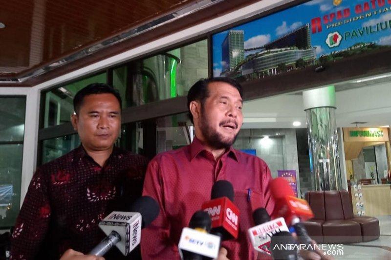 Ketua MK besuk Wiranto, tetapi tak sempat berbincang
