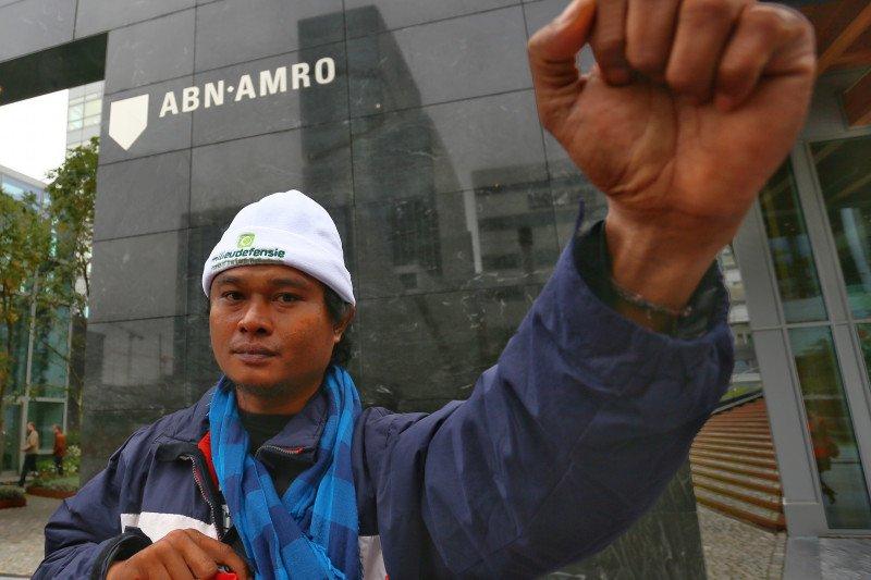 Demi tanahnya, petani sawit Sulawesi mengadu ke Belanda