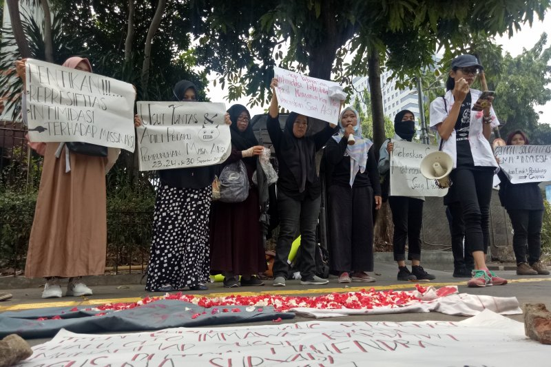 """""""Solidaritas Emak-Emak"""" akan galang dana untuk korban demo"""