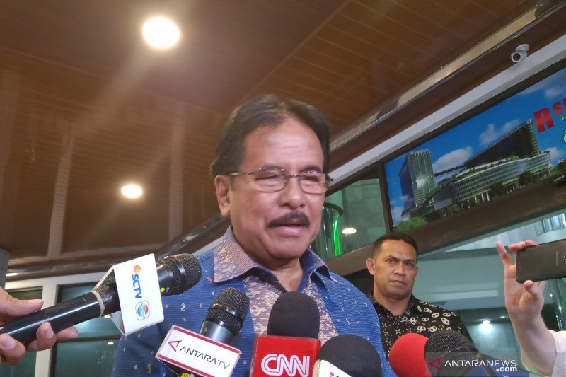 Sofyan Djalil: Doakan Pak Wiranto segera pulih