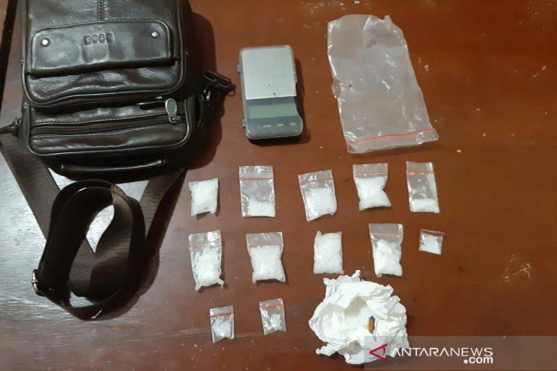 Polres Cianjur tangkap pemuda diduga pengedar narkotika sabu