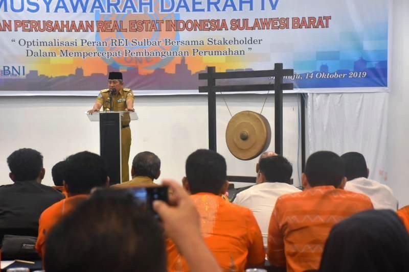 Gubernur Sulbar minta REI bangun perumahan yang sehat