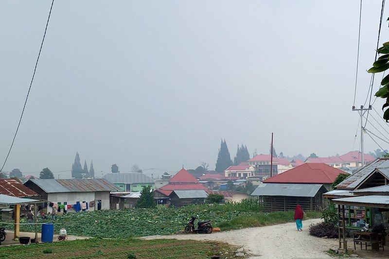 Kecamatan Lembah Gumanti kembali diselimuti kabut asap kiriman