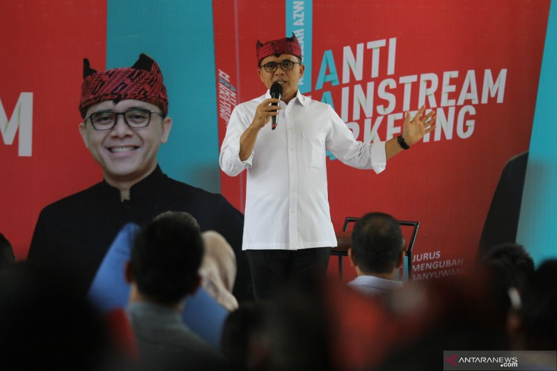 Peluncuran awal buku Anti-Mainstream Marketing