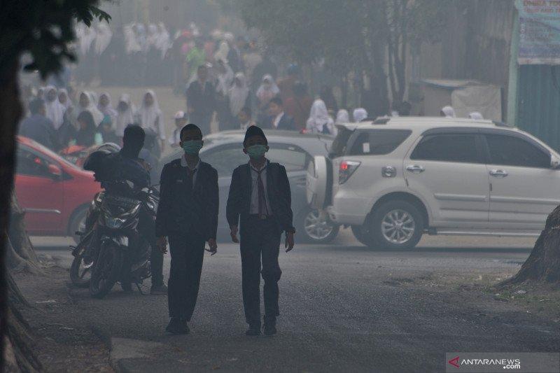 Asap makin pekat,  Dinas Pendidikan Palembang liburkan sekolah