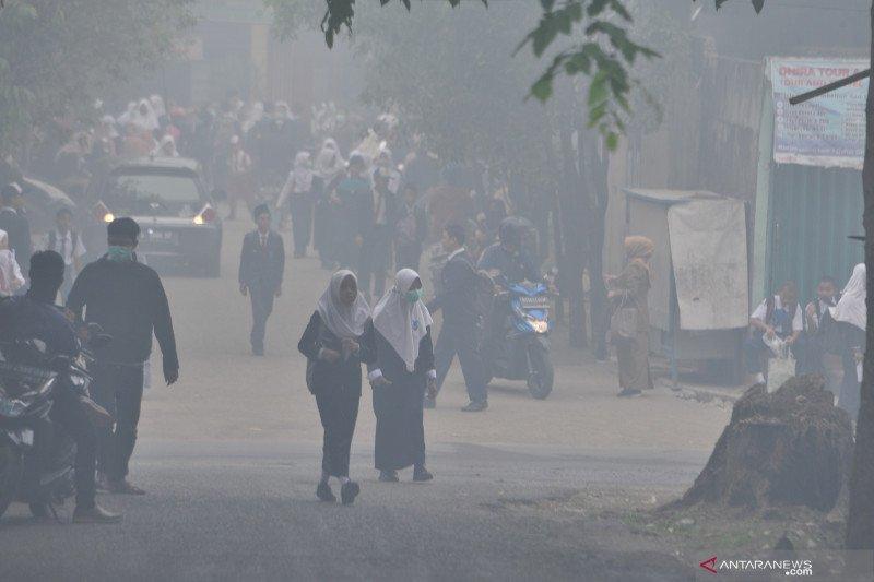 Pemerintah  Kota Palembang kembali liburkan sekolah tiga hari karena asap