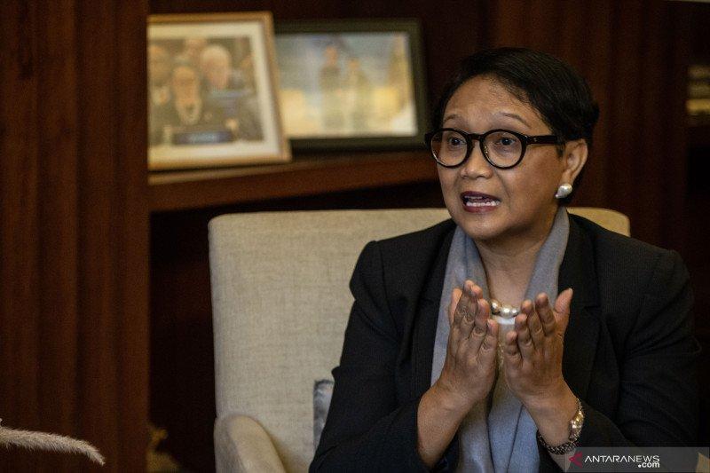 Menlu Retno Marsudi: kerja dengan Pak Jokowi itu asyik