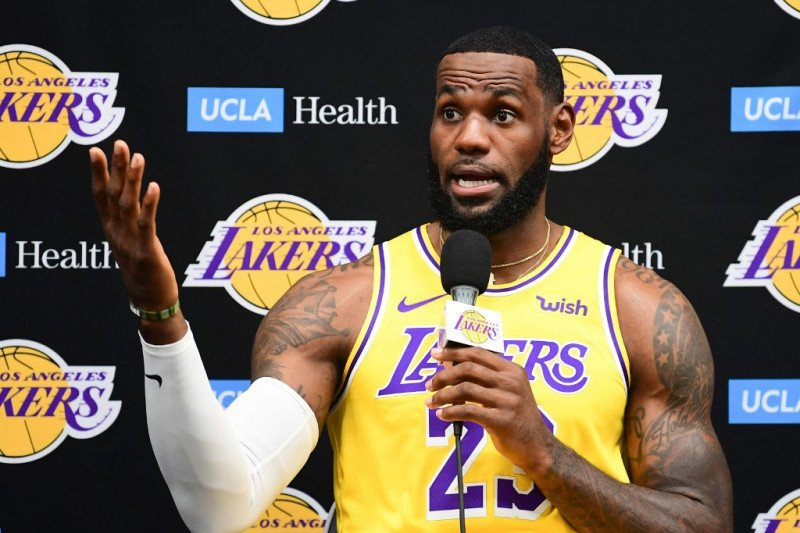 LeBron James angkat suara terkait krisis NBA-China