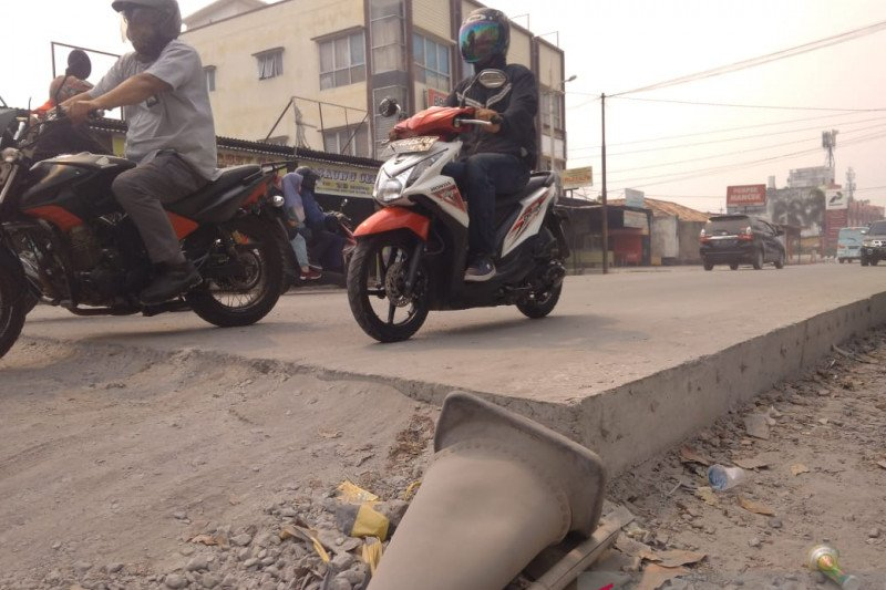 Perbaikan 228 ruas jalan Kota Palembang