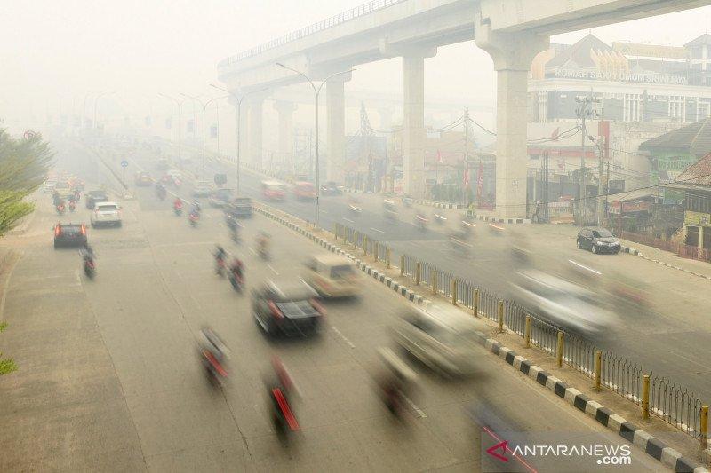 Ini tips menghadapi kabut asap pekat seperti di Palembang